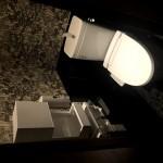 連雀町の貸店舗、日英堂ビルトイレ(内装)